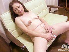 C0930 Ki Mature Woman
